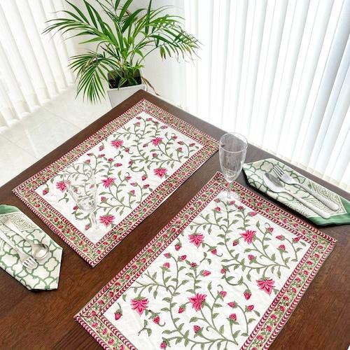 テーブルマット ピンク