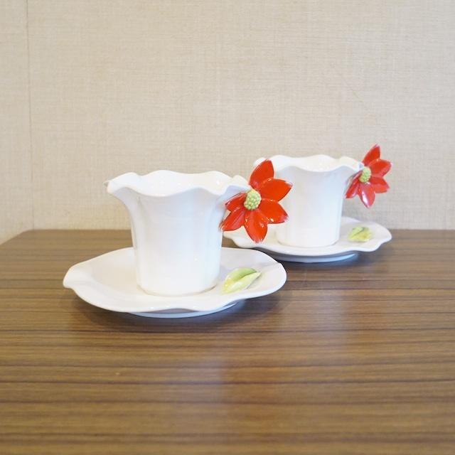 赤い花のカップ&ソーサー 2客セット