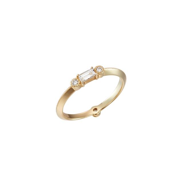 K18 Baguette & Round Diamonds ring