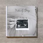 Monochrome-MATERNITY_A4スクエア_6ページ/6カット_クラシックアルバム(アクリルカバー)