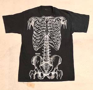 Leslie Arwin anatomy bones T-Shirt