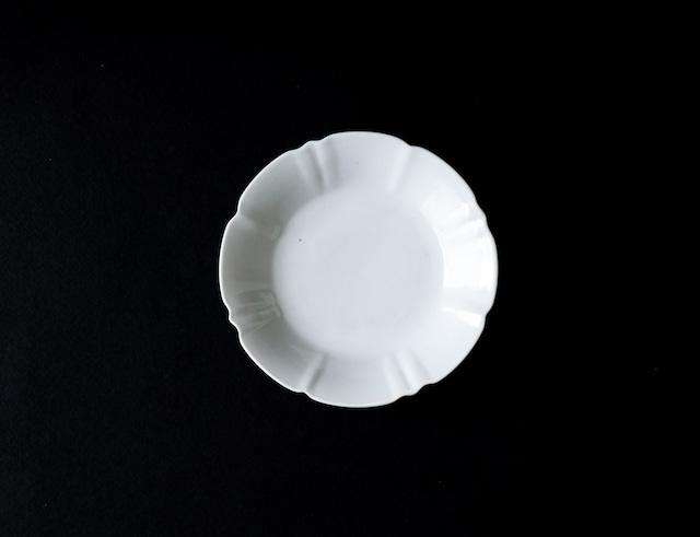 ■柳川謙治  : 白磁輪花小皿