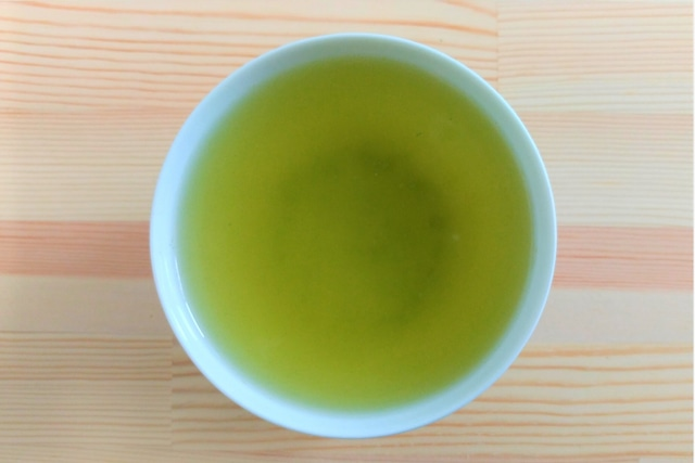 【リーフ】 郷里の華 奥みどり -冠せ茶-(100g)