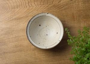 粉引き 小鉢 /くるり窯