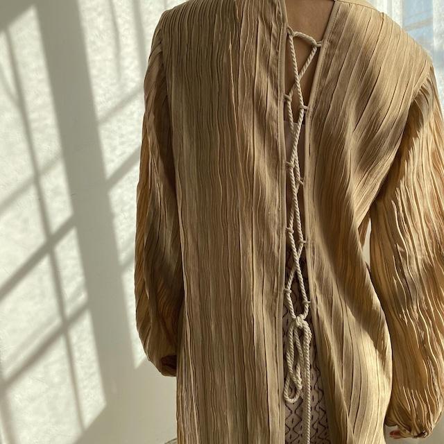 vertical wrinkles dress