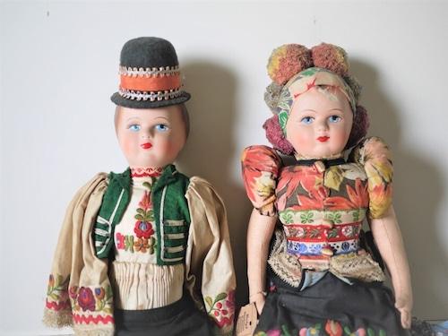 ハンガリー 民族衣装人形2体  東欧 マチョー刺繍 アンティークドール