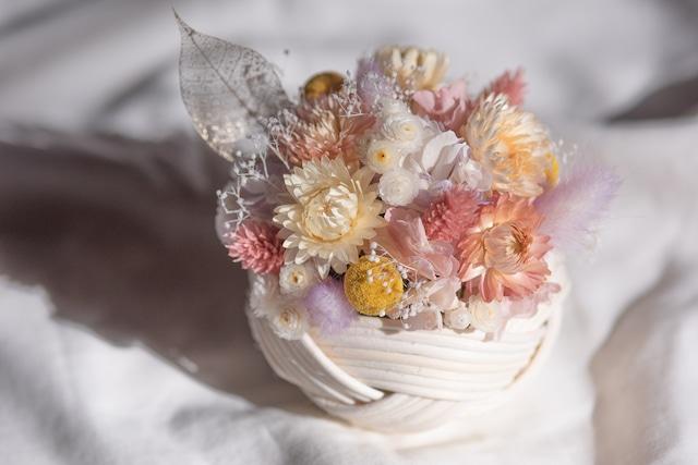 ラタンの花飾り(白)