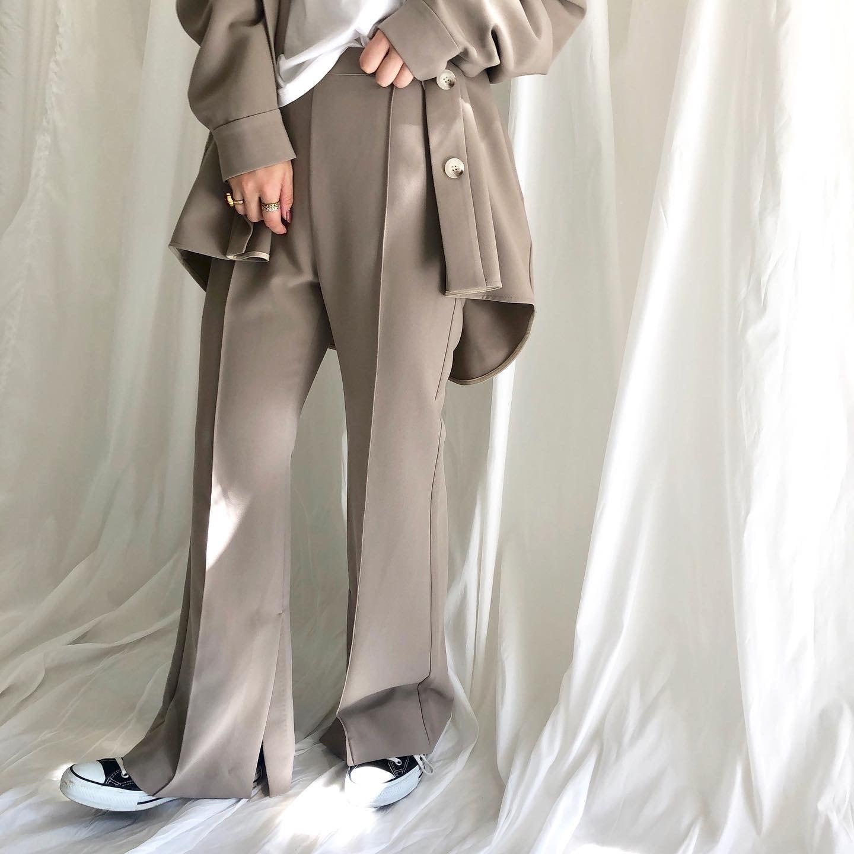 【 CHIGNONSTAR 】- 3102-071 - 裾ベンツフレアパンツ