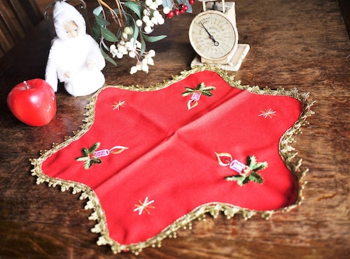 星のマット クリスマスキャンドルと星