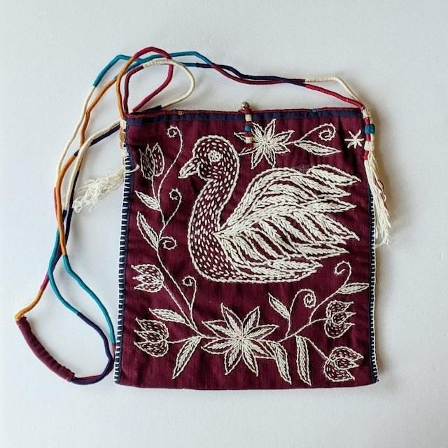 チェンマイ ヤオ族 手刺繍ハンドメイドショルダーバッグ ゾウと鳥