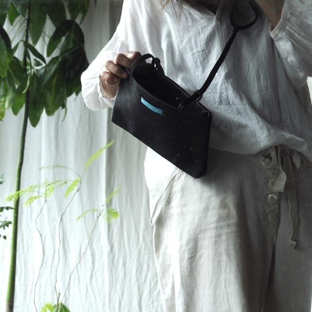 コンビ革の巾着バッグ M (whitexgreige)
