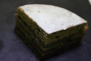 抹茶と小豆のガトー 4分の1カット