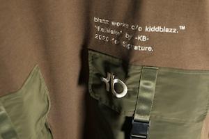 KB. W POKET ARMY BIG SWEAT [KHAKI]