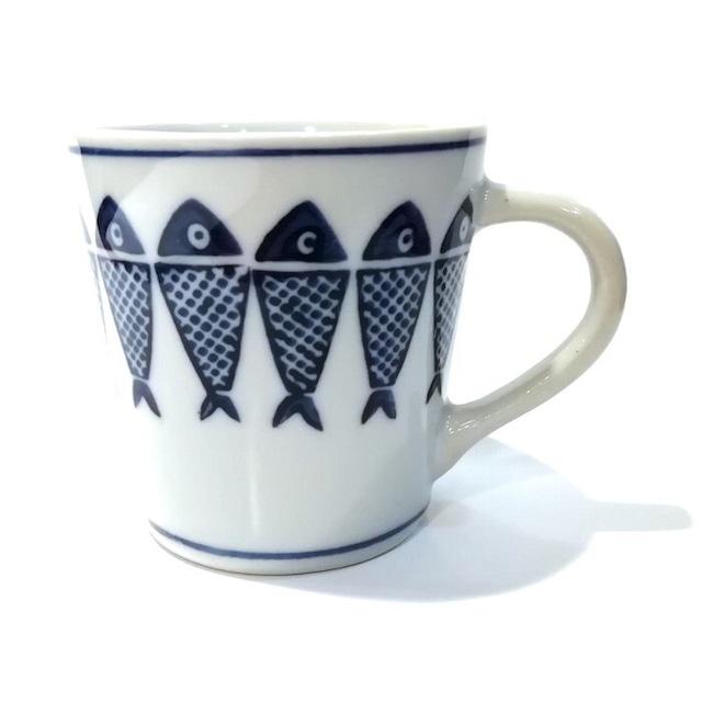 染付陶器 マグカップ コーヒーカップ 湯呑み 19lh57-cup 陶器 さかな 連魚 魚 和風 和柄 おしゃれ ギフト モダン 和