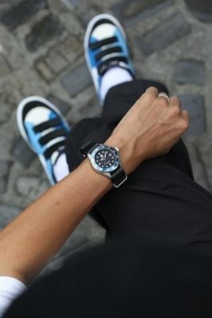 おしゃれ&タフなソ-ラ-腕時計 SS05BK