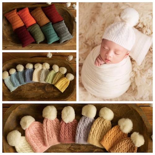 PONPONニット帽子&ケーブル編み枕セット