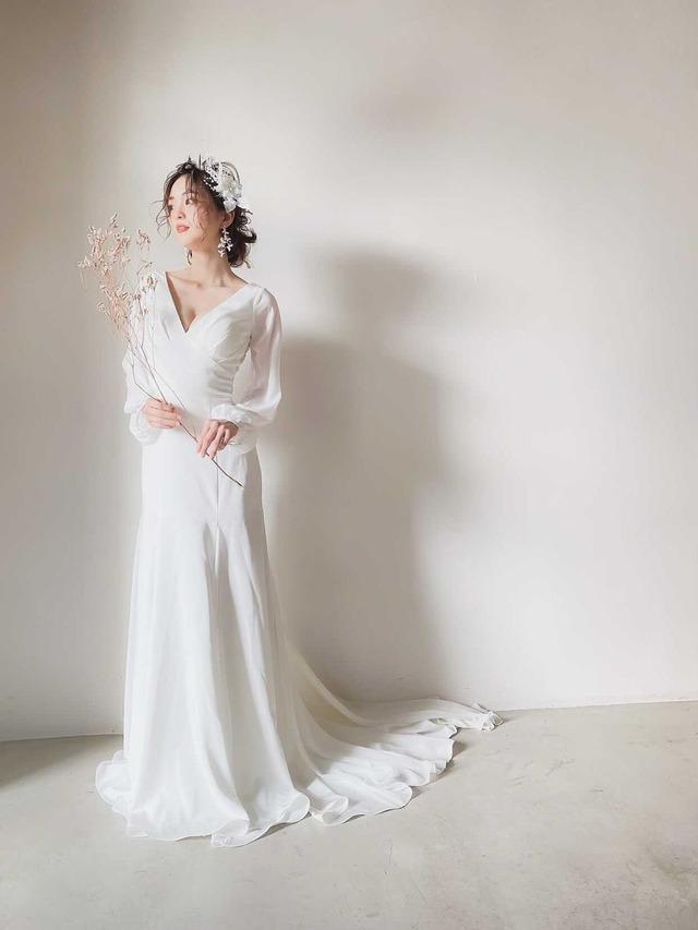 Wedding Dress/rental/Slender/DR6018