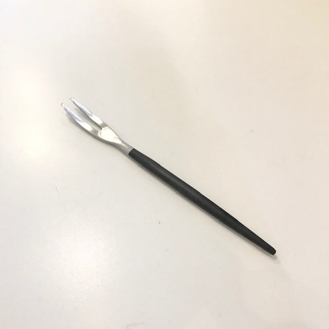 【cutipol クチポール】ジャパニーズフォーク  GOA ブラック×シルバー 正規品