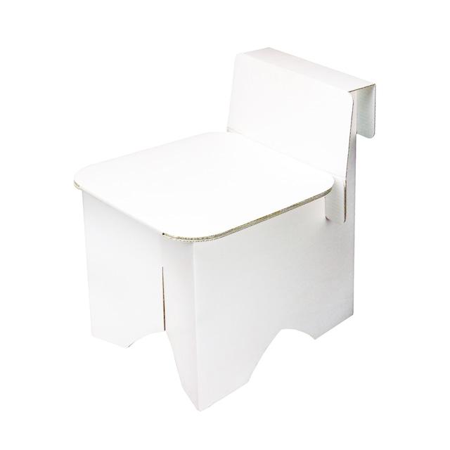 ダンボール椅子