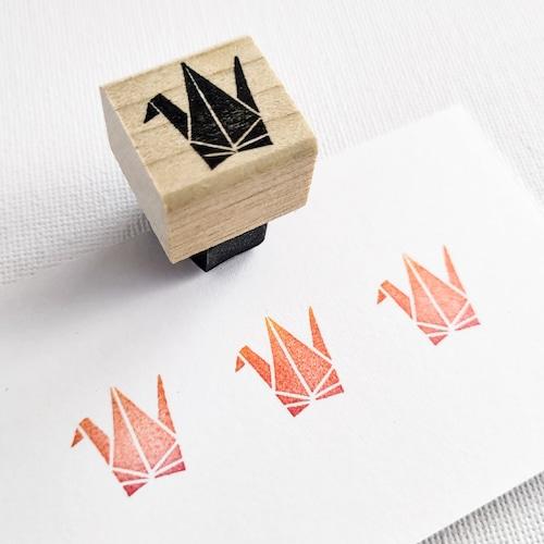 和風モチーフ「折り鶴」