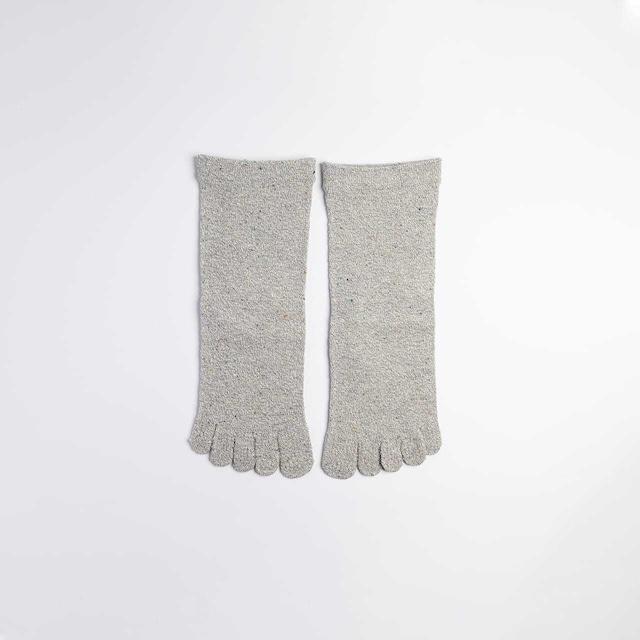絹の靴下 5本指ソックス〈22〜24cm〉