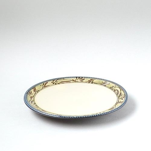 緑釉唐草文7寸皿