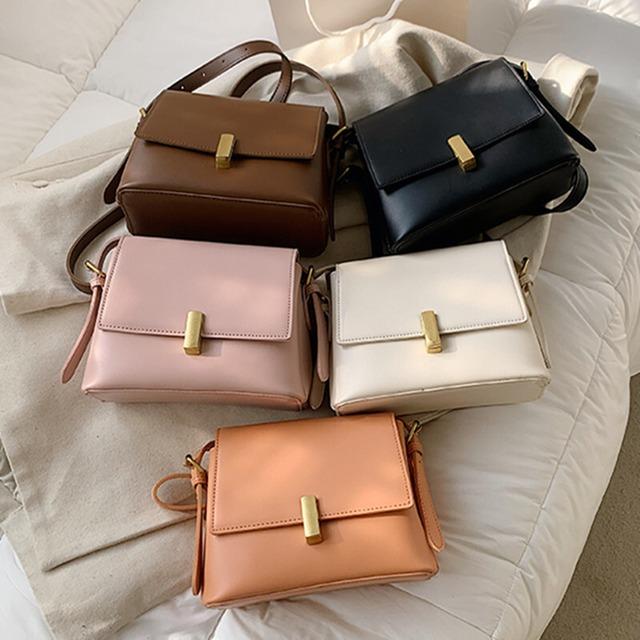 ショルダーバッグ チェーンバッグ 上品らしく ファッション PU 可愛い 綺麗め ブラック オレンジ ホワイト ピンク ブラウン