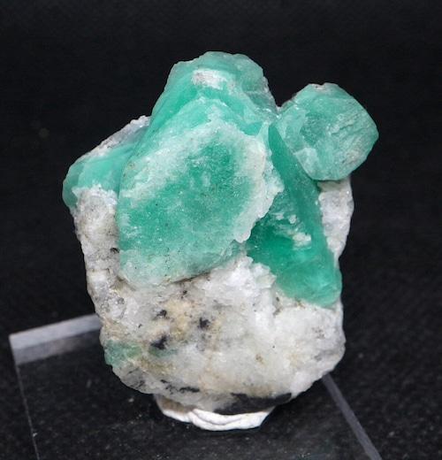 エメラルド コロンビア産 原石 標本 鉱物 19,4g ED059 ベリル 緑柱石 パワーストーン 天然石