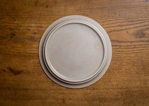 白化粧にリム線刻 8寸 プレート(リムプレート・大皿・25cm皿)/鈴木美佳子