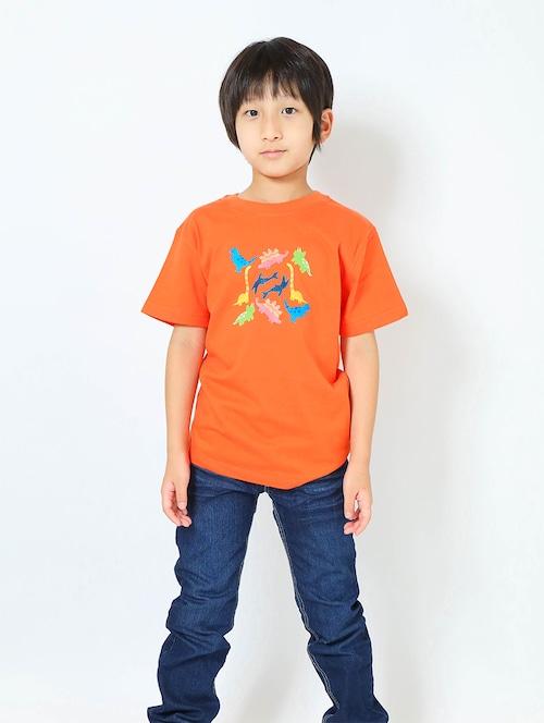 恐竜プリントTシャツ(子供用・恐竜パラダイス)カリフォルニアオレンジ【KT-MO】