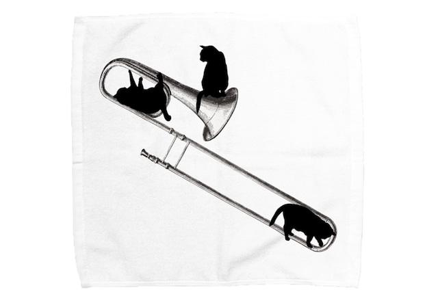 【即日出荷用】トロンボーンと黒猫のミニタオル