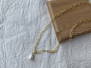link chain pearl necklace