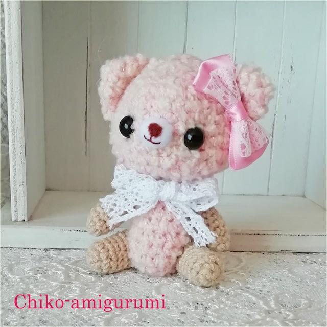 Chiko-amigurumi: うすピンクの くまちゃん リボンが可愛いです♪
