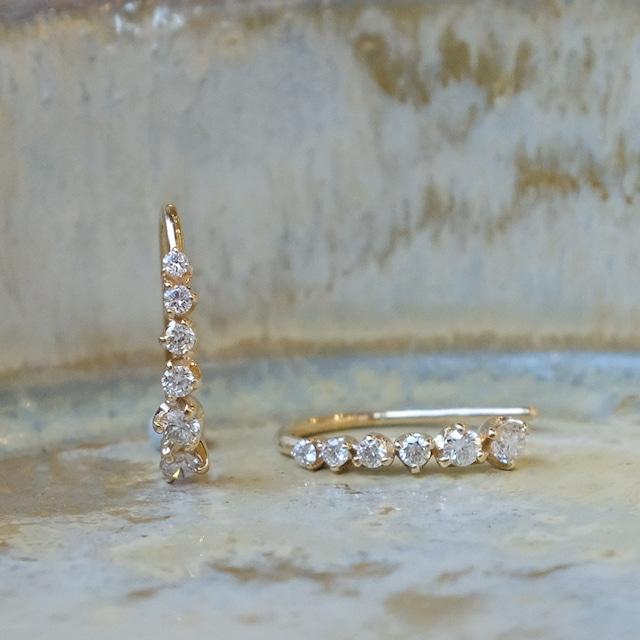 Meteor hook pierced earrings Diamond