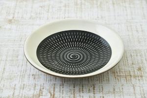 六寸皿  (黒呉須)