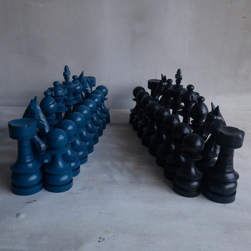 青い巨大チェスセット