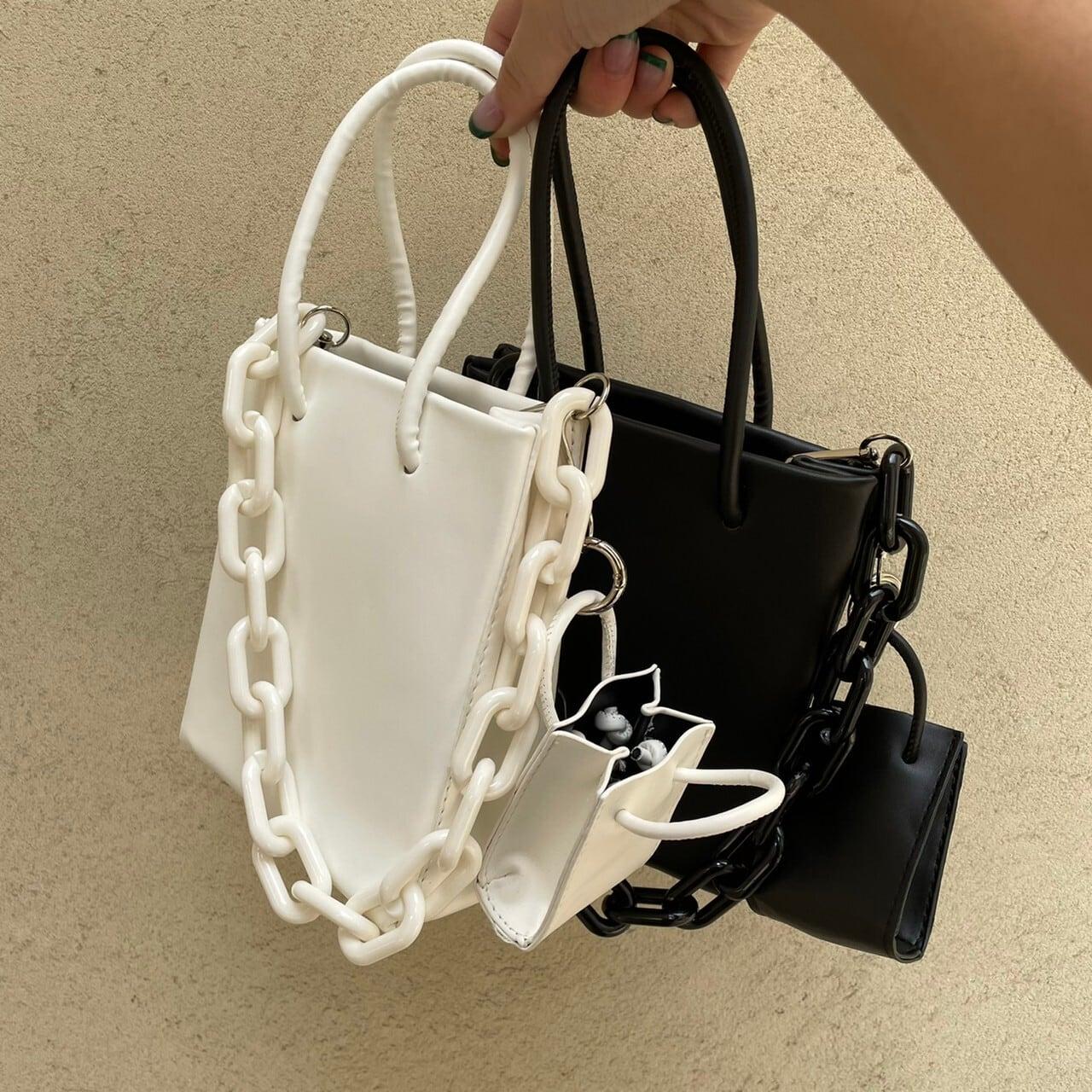 【Belle】LAST2 square chain bag / black
