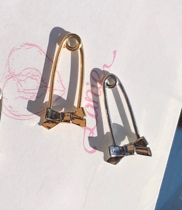 ribbon pin earring K10YG 18G #1727        りぼん安全ピンピアス/K10YG