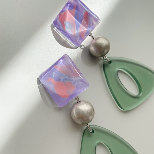 """ Earrings NO.danoan-144″ ペイントとトライアングルパーツ"