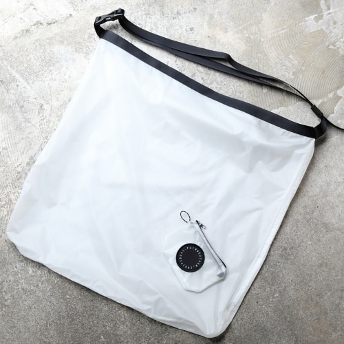 FAIRWEATHER  packable sacoche(ホワイト)フェアウェザー パッカブルサコッシュ