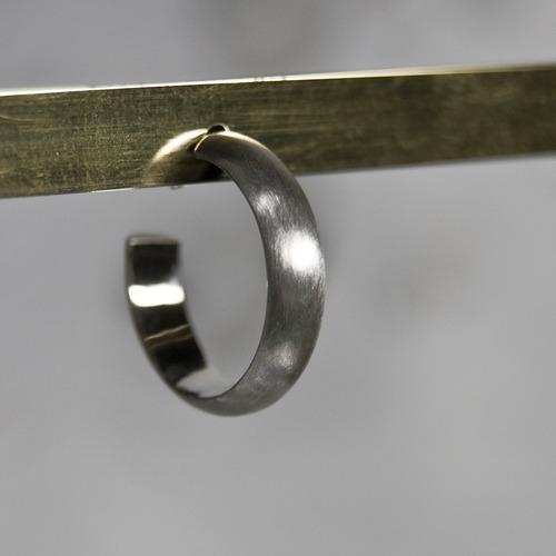 シルバープレーンフープピアス 4.0mm幅 マット|WKS PLANE HOOP PIERCED EARRING 4.0 sv matte|FA-386