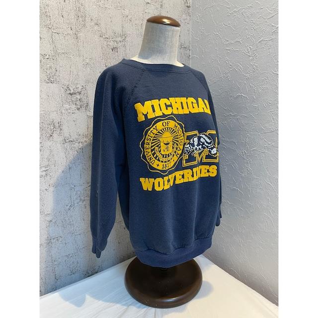 90s Michigan navy sweat