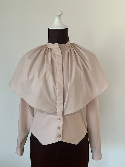Cape collar blouse/salmon pink