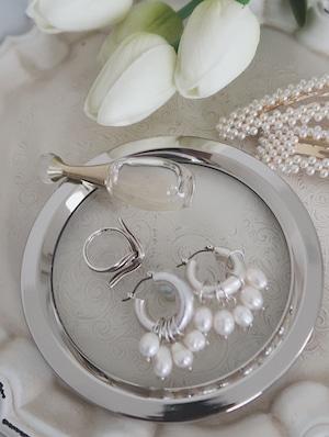 silver round accessory tray