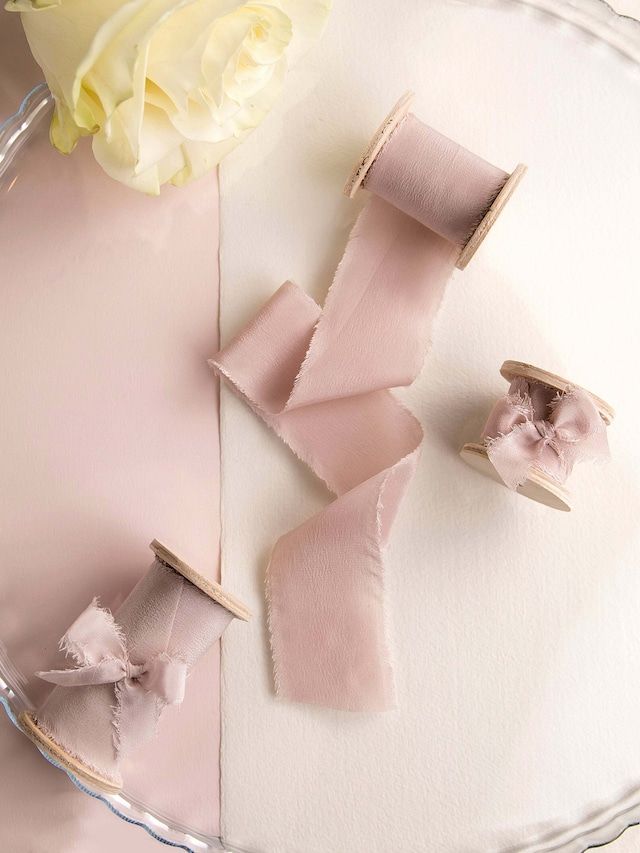 Silk Ribbon Dusty rose(手染め手裂きタイプ) ■木製スプール付 ダスティローズ