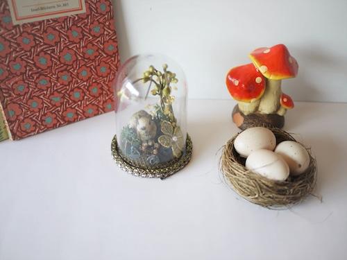 ドイツ伝統工芸 ドーム 黒薔薇と兔