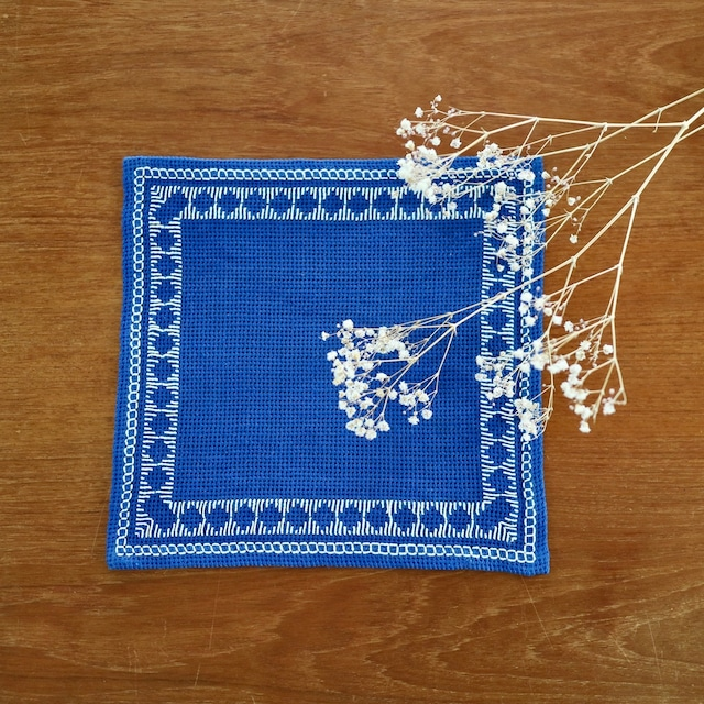 [SOLD OUT] スウェーデン / ドイリー ティーマット ミニクロス 刺繍 青