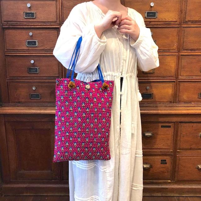 タイの刺し子トートバッグ〈ピンクと青/4種〉