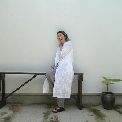 コード刺繍 ブザムドレス