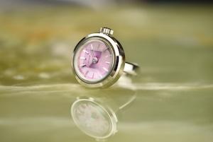 【ビンテージ時計】1974年10月製造 シチズン指輪時計 日本製 淡いピンクの桜カラー文字盤